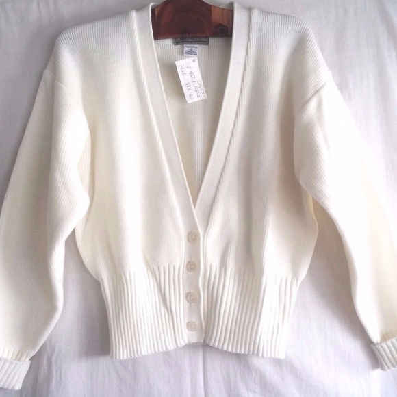 ceda4c079b MAGNET Sweaters - Vintage 90s White Sweater NWT MAGNET